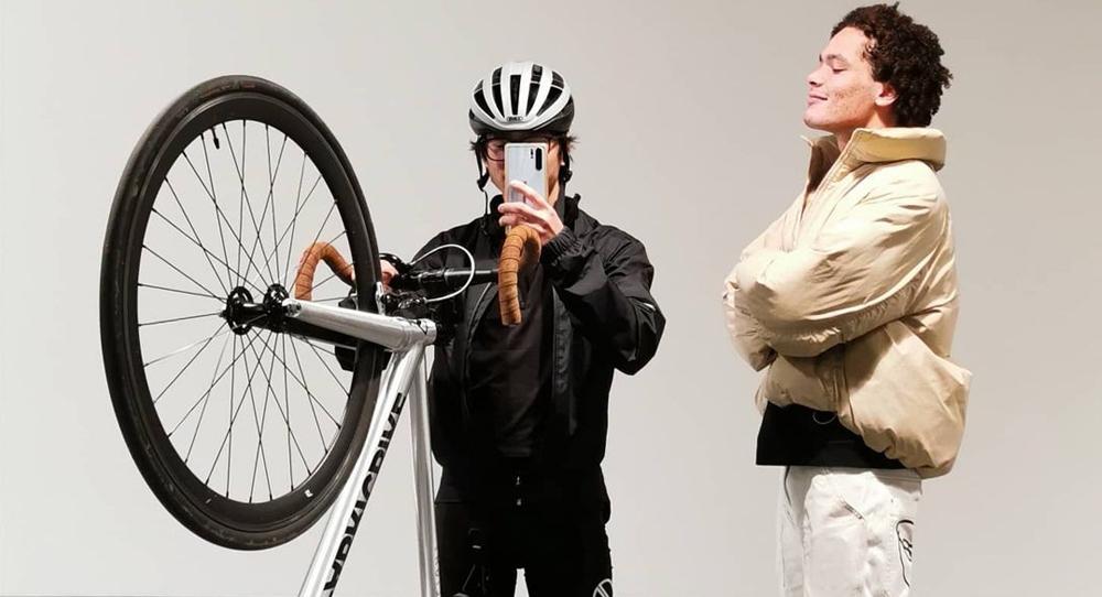 Bici Fixie Ligera FabricBike Amarilla